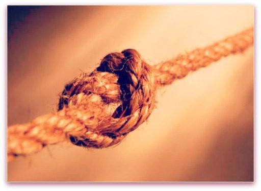 preventing single strand knots