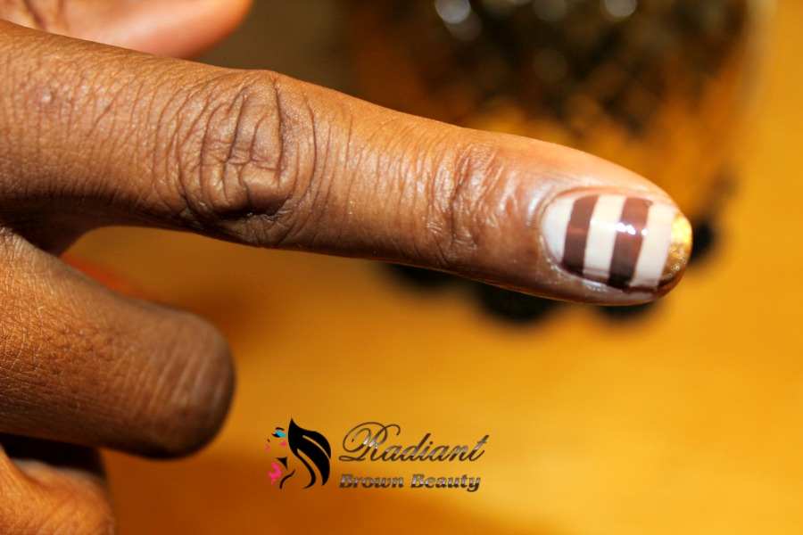 dazzling nails one finger